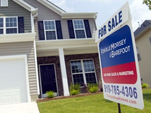 Canadian home resale prices rose in July, their eighth consecutive monthly gain, taking the index to a record high.